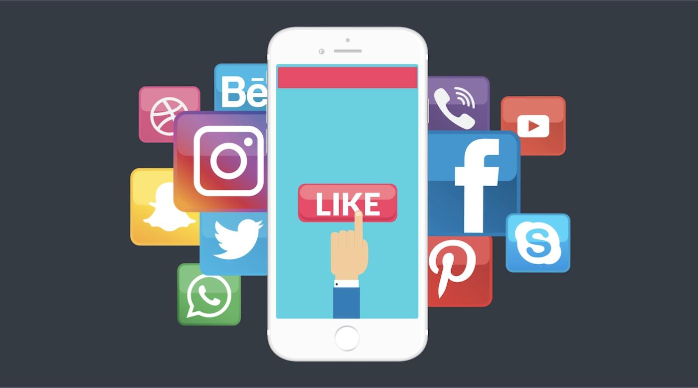 Você está trabalhando no seu plano de ação de mídia social para 2019? Quer saber as táticas que ajudarão você a se destacar nas redes sociais nos próximos 12 meses? AMenina Digital, compartilha a seguir um infográfico fantástico com8 táticas infalíveis de marketing para redes sociais em 2019.De forma geral, o infográfico aborta temas como: escuta social, realidade aumentada, micro-influenciadores, transmissões de vídeo, conteúdo gerado por utilizadores, mensagens diretas, chatbots, conteúdo efêmero. Confira o infográfico para mais detalhes! ➤ Marketing de Conteúdo, Redes Sociais, Content Marketing, Social Media, Tendências 2019, Inteligência Artificial, Estratégias Online, Estratégias Digitais, Marketing Digital 360, Search Engine Optimization